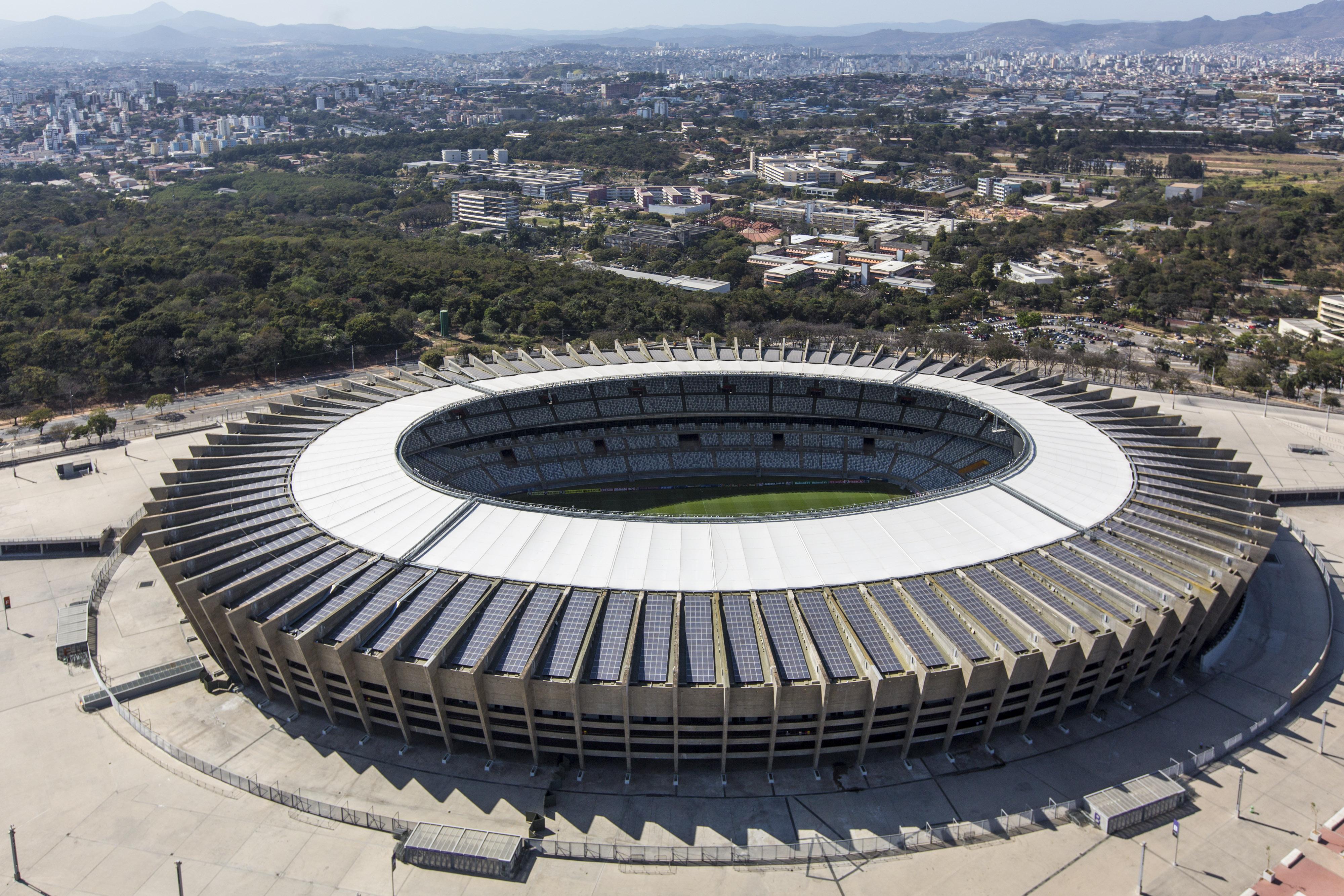 05 estádios no Brasil com energia solar