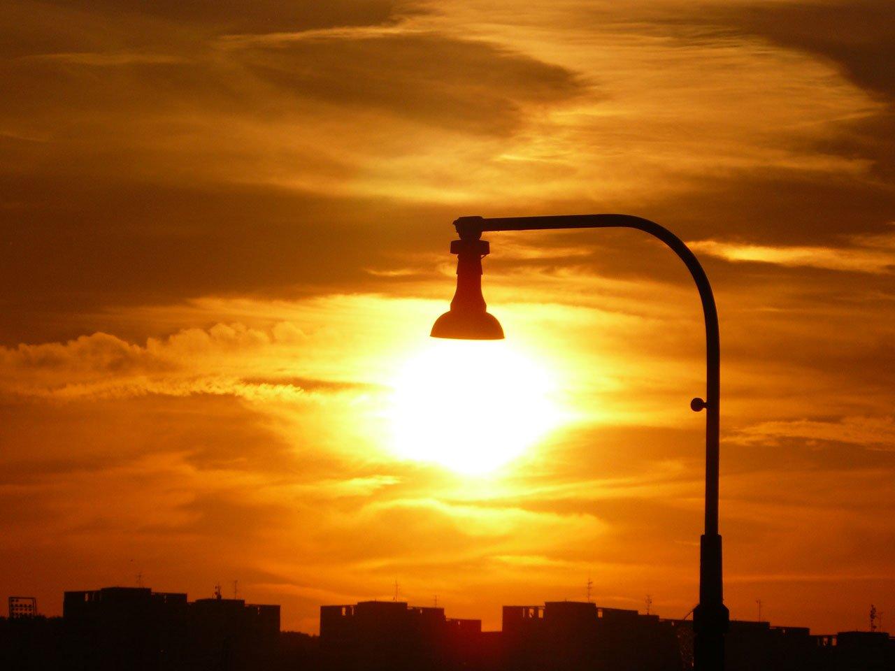 O que são as luminárias solares e porque você precisa de uma?
