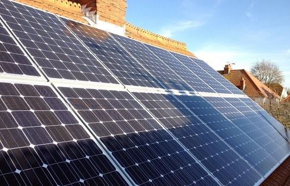 Sombreamento em painéis solares.