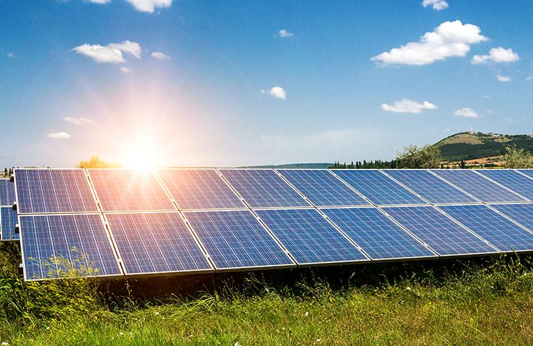 Você sabe quanta energia gera um painel solar? Descubra aqui!
