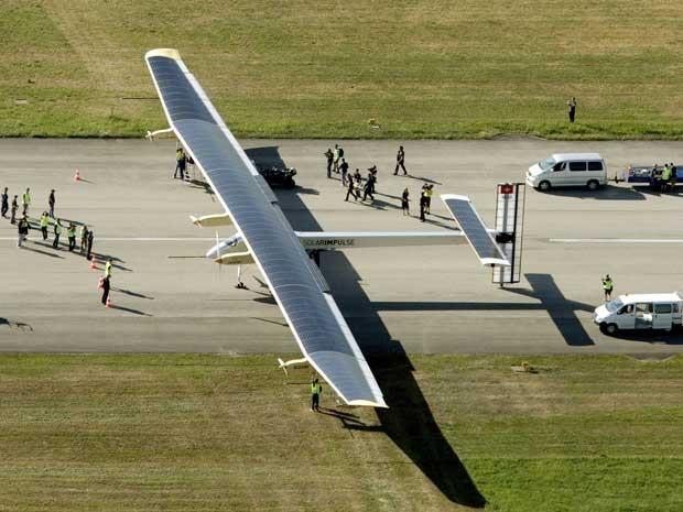 Avião_energia_solar
