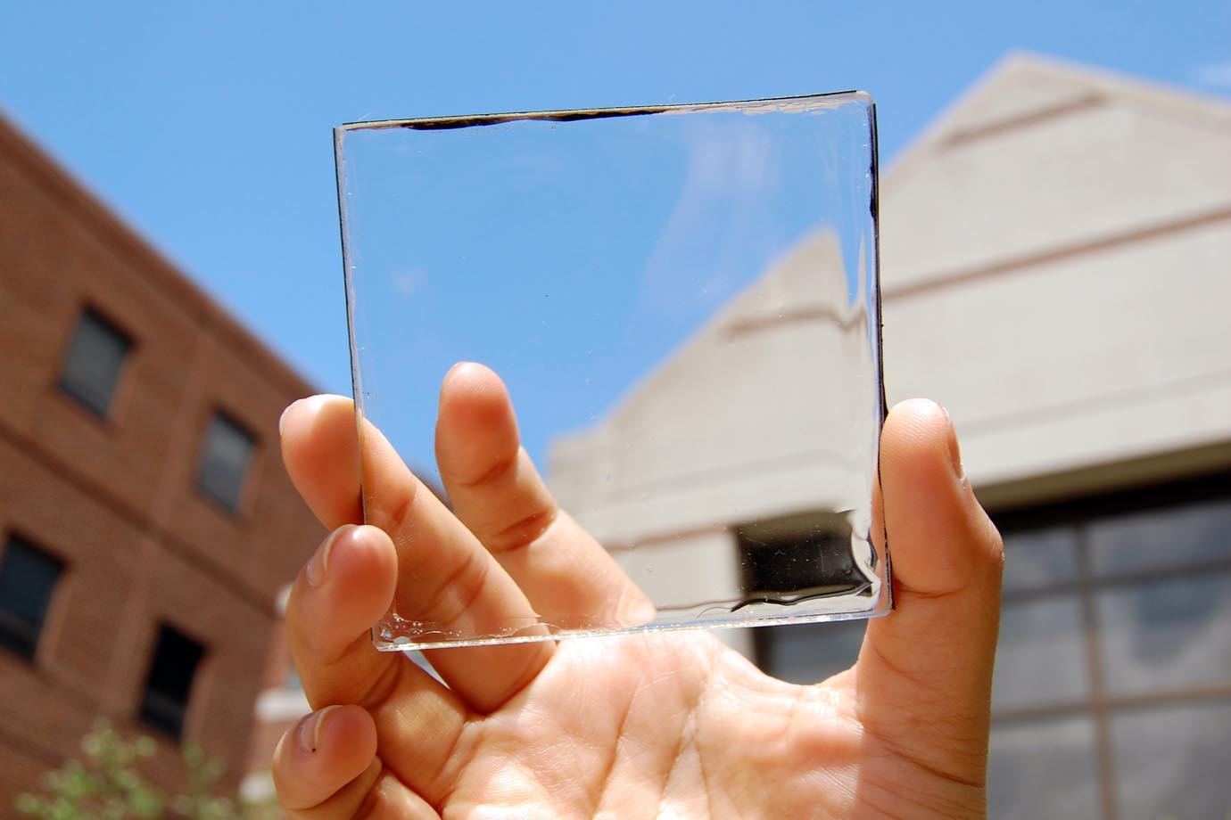 Já ouviu falar dos painéis solares transparentes?