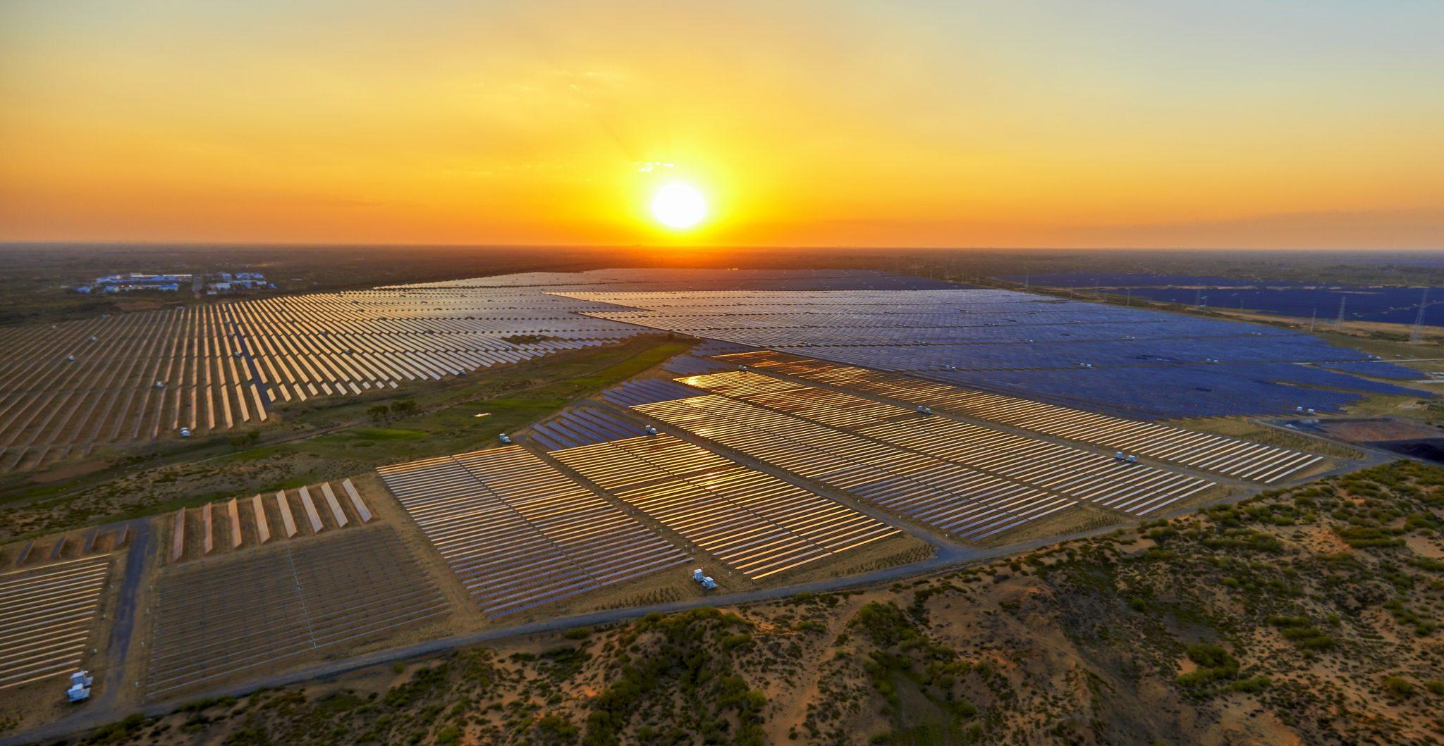 Conheça mais sobre as maiores usinas solares do mundo!